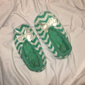 Shoes - Mint Chevron Slippers